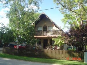 Chalet Style Cottage For Rent in Grand Bend