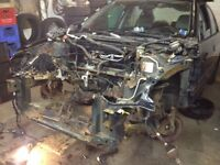 Parting out 2002 Honda Civic 4 Dr standard resonable