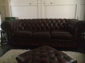 Chesterfield 4 piece suite £1000