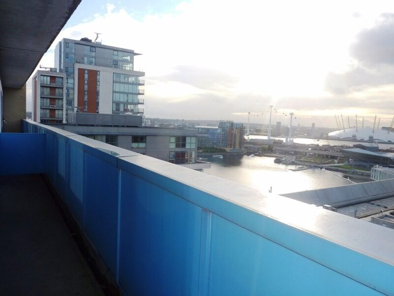 GREAT 1 BEDROOM APARTMENT SITUATED IN ROYAL DOCKS