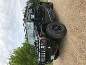 2005 H2 Hummer.   REDUCED PRICE