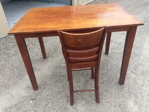 Bar height table with 8 chairs