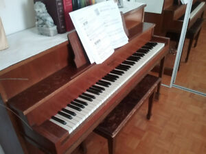 Piano à donner.
