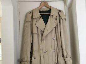 Full Length BOSS Men's D/B Raincoat.