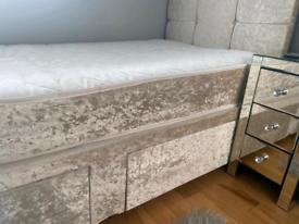 Champagne crushed velvet single divan bed