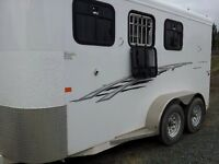 must sell 2013 trails west three horse Angle haul Aluminum skin
