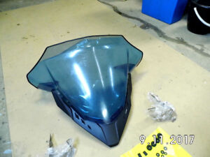 new REV SPORT WINDSHIELD WITH DEFLECTORS OEM SKI DOO