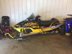 Ski-Doo MXZ 700 HO 2003