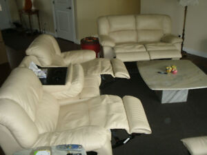 GALAXY RECLINING CREAM COLORED LEATHER SOFA..CHAIR & LOVESEAT