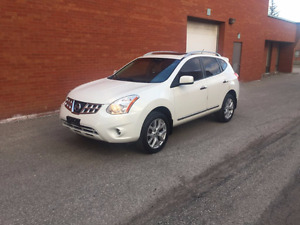 2012 Nissan Rogue SV SUV, Crossover (Safety & E-Test)
