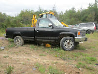 1994 chev 4X4  truck for parts only.  new price