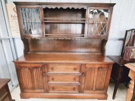 Beautiful old charm sideboard/dresser