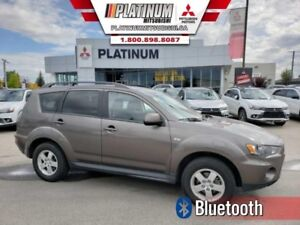 2013 Mitsubishi Outlander ES  All Wheel Drive-Bluetooth-Heated S