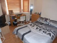 Double bedroom available end of December