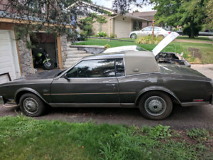 1985 Buick Riviera 6th gen model
