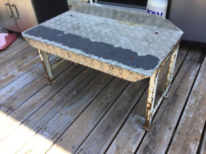 Steel bench with aluminum checker plate top