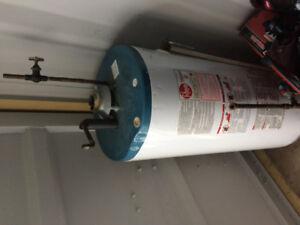 Hot water tank Gas 40GAL