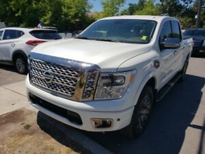 2017 Nissan Titan 4WD LEATHER, SUNROOF . FULLY LOADED . NAVIGATI