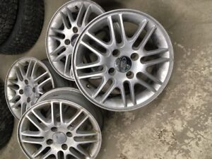 MAGS FORD 15''  FOCUS 1998 a 2010
