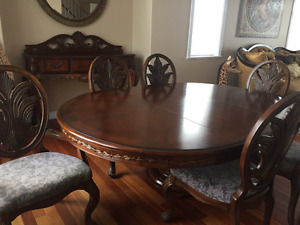 Solid Wood Dining Table/6Chairs & Matching Hutch