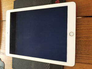 iPad Air 2 Gold Wifi 128G en parfaite condition
