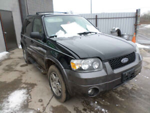 2005 ESCAPE. JUST IN FOR PARTS AT PIC N SAVE! WELLAND