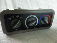 Rear heater/blower temp controller