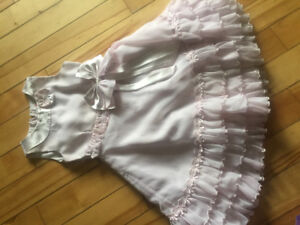 Girls dresses/ skirts