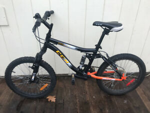 Shock-Loaded CCM Assault Mountain Bike