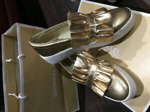 Michael Kors Bella Slip On Shoes Brandnew Pale Gold Size 37