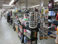 ONE OF A KIND ANTIQUE MALL *CANADA'S LARGEST ANTIQUE MALL