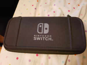 Nintendo Switch Mint condition, with original box Plus more