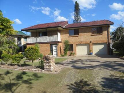 Massive Family Home for Rent Point Vernon Fraser Coast Preview