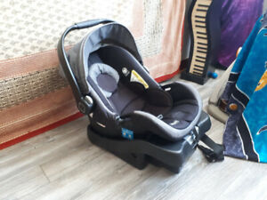 "Baby Car Seat (On Board ""35)"