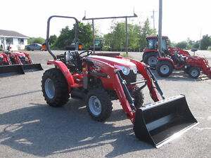 REDUCED Massey Ferguson 39hp Tractor & Loader - Save $4300!!!