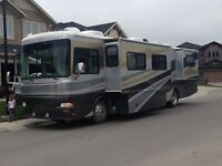 2003 Fleetwood Providence 39J ** Trades** Diesel Pusher Class A