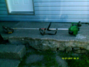 FOR SALE (WEED EATER PRO-150 )