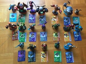 Skylanders 2 wii games with platforms & 19 figurines with cards West Island Greater Montréal image 3