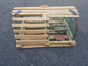 Scale model lobster trap