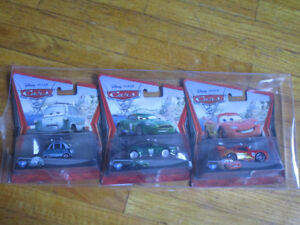 BRAND NEW 3 Pack of Diecast Cars 2 Cars