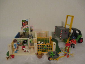 Clinique  Station  Zoo  Playmobil