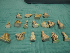 17 RED ROSE TEA / WADE FIGURINES - MOTHER GOOSE &  ANIMALS