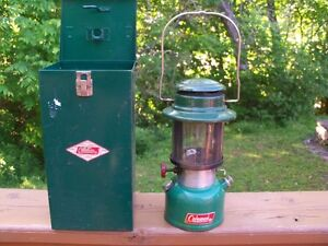 Vintage Coleman Latern with original carrying case!