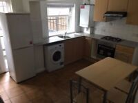 3/4 BED HOUSE TO RENT-EXCELLENT CONDITION-LARGE HOUSE-BASEMENT SPACE-CLOSE TO STATION