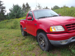 2005 Ford 4x4 Truck