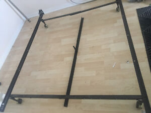 Queen size bed ironframe