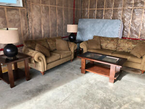 Couch, coffee tables, and lamps for sale!