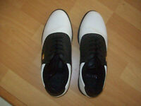 GOLF  SHOES  --  MEN'S  SIZE  8  --  LIKE  NEW