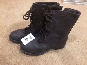 Brand New with Tag boots 6.5 Kitchener / Waterloo Kitchener Area image 2