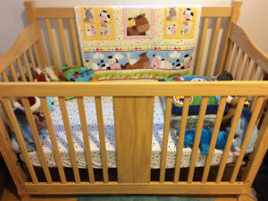 Beautiful Solid Oak Crib with New Bamboo Matress
